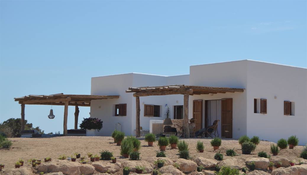 Private design. Architect/Interior designer in L&F. Formentera.