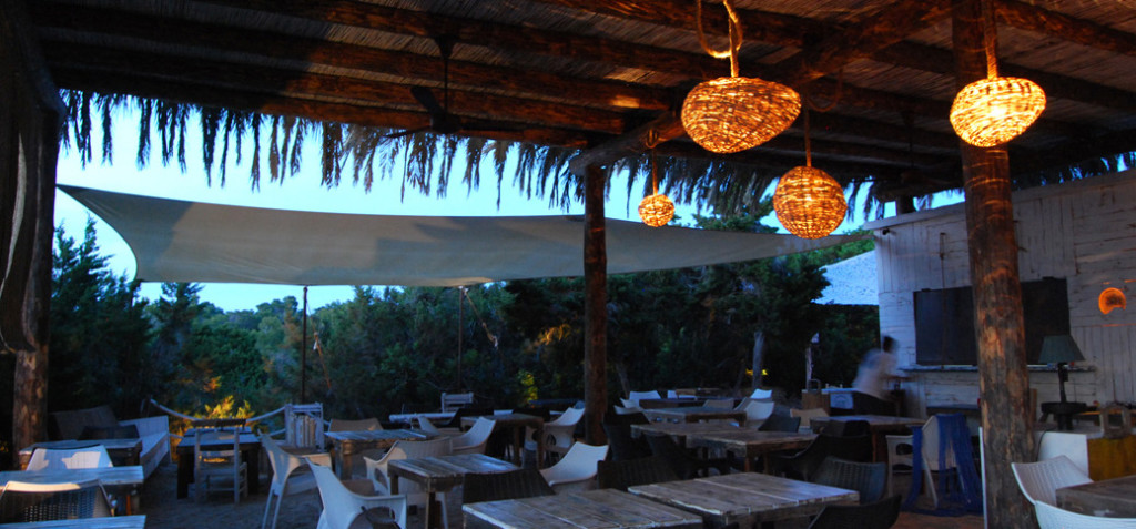 Beso Beach. Architect/Interior designer in L&F. Formentera.